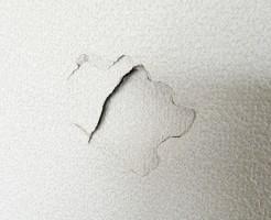 中央区壁穴補修
